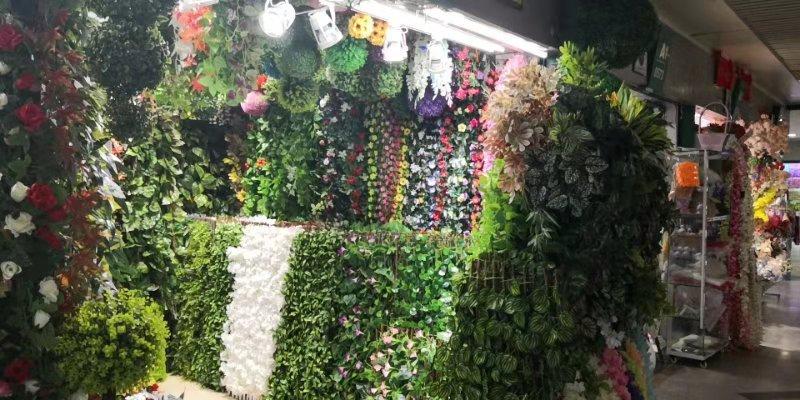 Искусственные цветы на оптовом рынке Футьен